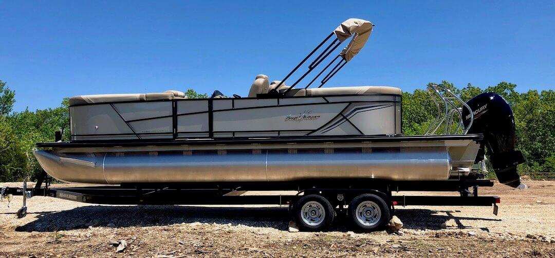 SunChaser Geneva 24 LR DH w/ 150 HP Mercury Four Stroke Outboard SOLD 29